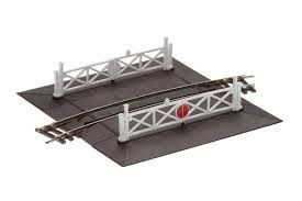 St267 Radius 4 Curved Level crossing